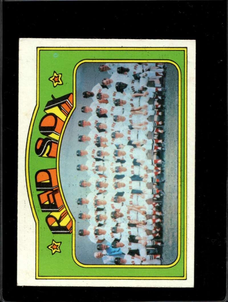 1972 TOPPS #328 RED SOX TEAM VG+ NICELY CENTERED